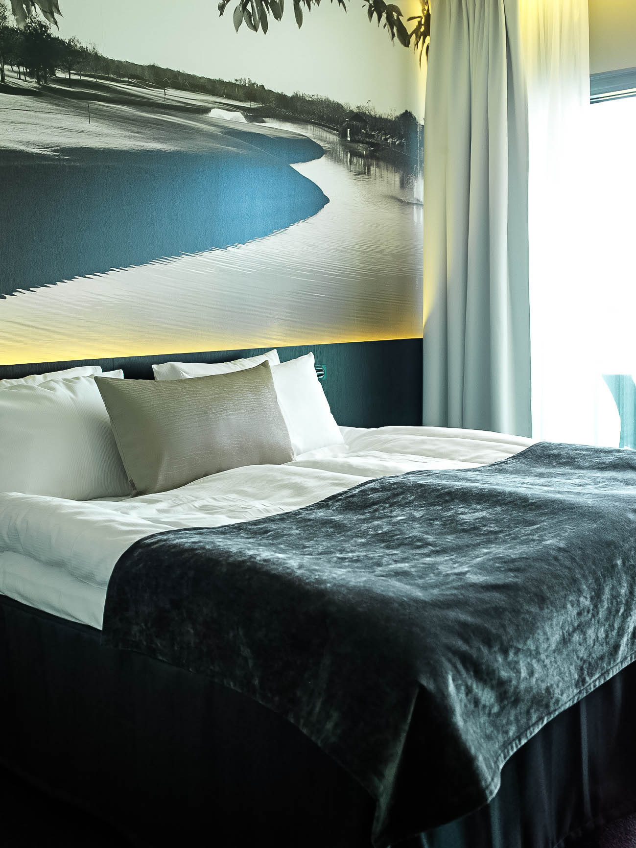 http://sjoowiberg.se/ringenas-golfklubb-hotell/